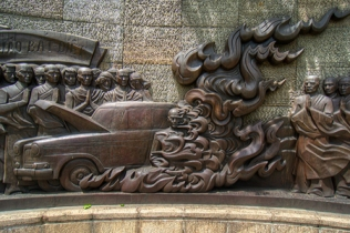 Wall-painting-in-Thich-Quang-Duc-Monument